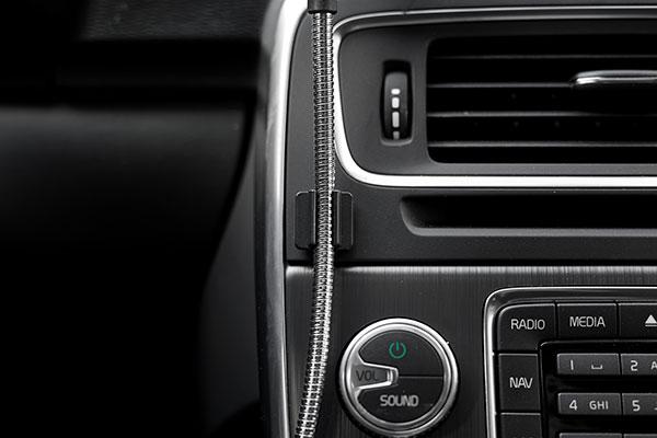 車内で使える充電ケーブルのボビンオートの画像1
