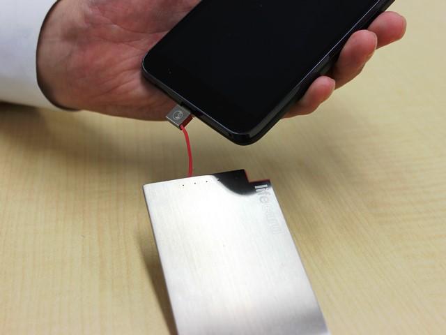 薄型スマホバッテリーのライフカードの画像18