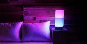 スマホでコントロールできるLED照明