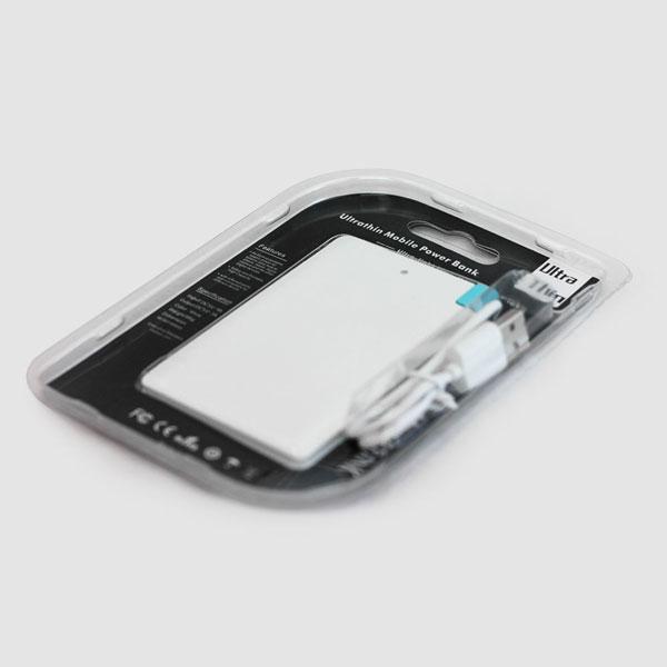 モバイルバッテリーのパッケージ