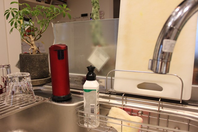 キッチン洗剤用自動ソープディスペンサー「デルベリーdelberry」